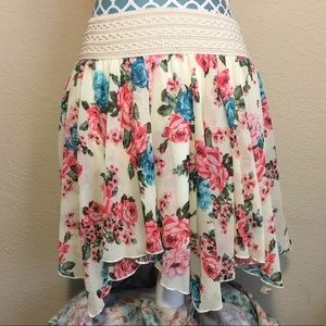 Hot Beso Floral Skirt XS